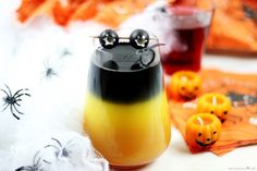 What is October without throwing a spooky Halloween party? This easy and fun Halloween cocktail recipe is perfect for delighting and terrifying your friends