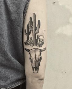 """1,575 Likes, 17 Comments - Justin Ryan Olivier (@justinoliviertattoo) on Instagram: """"Cacti and bull skull for Victoria. #cactus #cactustattoo #succulents #succulenttattoo #tattoo…"""""""