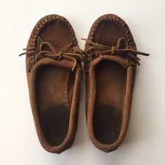 [Minnetonka] Genuine Suede Moccasins Used condition but still have a lot of life left in them. Extremely comfortable! Minnetonka Shoes Moccasins