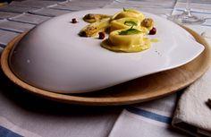 Per Punto Soave: Ravioli all'aglio dolce liquido, crema di vongole con salsa al pomodoro – Confortatemi con le mele