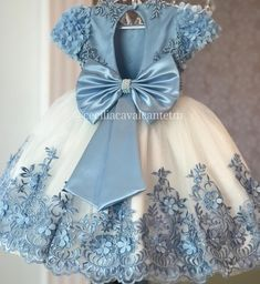 No photo description available. Baby Girl Party Dresses, Dresses Kids Girl, Kids Outfits, Flower Girl Dresses, Little Girl Gowns, Gowns For Girls, African Dresses For Kids, Kids Frocks, Baby Gown