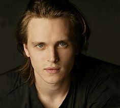 He's back on General Hospital. In October Jonathan Jackson returns as Lucky Spencer, the role he made famous. Jonathan Jackson, Laura Spencer, Luke And Laura, Tuck Everlasting, Hot Hunks, General Hospital, Boy Hairstyles, Pretty Face, Gorgeous Men