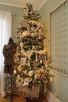 vintage Christmas tree!
