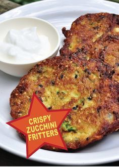 These Crispy Zucchini Fritters are perfect when having friends and family over – PIN and SAVE for later!
