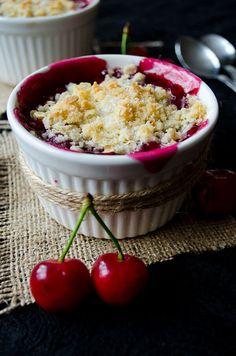 Fresh Cherry Crisp   giverecipe.com   #cherry #crisp #summer #dessert