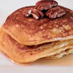 Pumpkin Pecan Pancakes - 10 Easy Recipes - Shape Magazine - Page 9. Minus the butter, pecans and maple syrup, I could eat this on the Whole30!