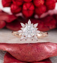 Gold Wedding Rings, Wedding Rings For Women, Rose Gold Engagement Ring, Vintage Engagement Rings, Halo, Palladium, Rings For Her, Or Rose, Moissanite