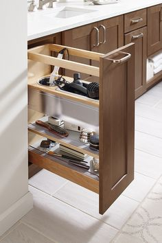 Give the morning rush a rest with smart and stylish bathroom organization. Vanity, Bathroom Remodel Master, Stylish Bathroom, Diy Bathroom Decor, Small Bathroom Decor, Bathroom Interior, Diamond Cabinets, Amazing Bathrooms, Bathroom Decor