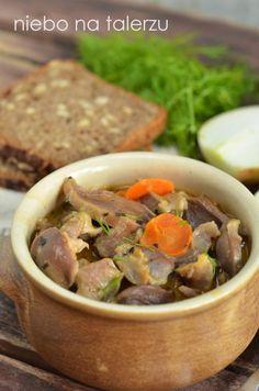 Gulasz z żołądków My Favorite Food, Favorite Recipes, Polish Recipes, Pot Roast, Tapas, Main Dishes, Chicken Recipes, Food And Drink, Cooking Recipes