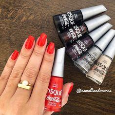 Vermelho coca-cola esmalte da nova coleção da @risqueoficial unhas da @brufatimaa #risque #risquedasemana #cocacola #vermelhococacola Coca Cola, Feet Nails, Natural Nails, Nail Polish, Make Up, Lipstick, Beauty, Manicures, Hairstyle