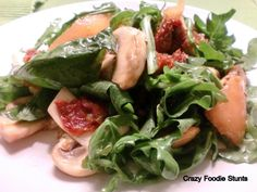 Arugula Salad with Sundried Tomatoes and Mushrooms