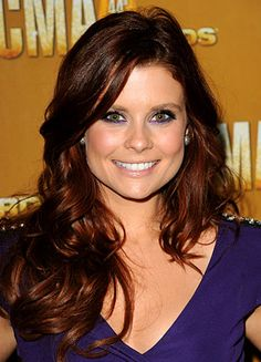 If red hair looked good on me, I would want Joanna Garcia's look :)