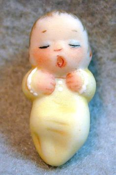 ButtonArtMuseum.com - Handcrafted Porcelain Button Sleeping Baby Realistic Adorable