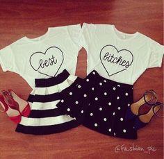 Tシャツ × スカートの双子コーデ♡