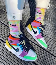 """The Air Jordan 1 Mid SE """"Lightbulb"""" Multicolor is a brand-new iteration of the classic Nike Air silhouette. Jordan Shoes Girls, Girls Shoes, Jordan Outfits, Cute Sneakers, Sneakers Nike, Jordan Sneakers, Adidas, Basket Style, Air Jordans"""