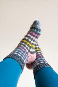 Ravelry: Crocus - An easter egg pattern by Kamilla Knitting Patterns, Crochet Patterns, Easter Egg Pattern, Marimekko Fabric, Boot Cuffs, Knitting Socks, Leg Warmers, Easter Eggs, Ravelry