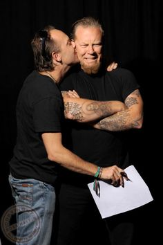 The Ultimate Bromance -- They Are So Cute!  (James Hetfield, Lars Ulrich)