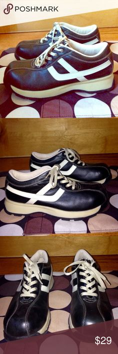 CANDIES Blk Leather Retro Style SNEAKERS EUC 9 CANDIES Blk Leather Retro-Style SNEAKERS EUC w/ Defect (leather on tongue of both shoes is peeling off) Women's US 9 *PRICE REDUCED! •DETAILS: Cute & Comfy, Lightweight, Retro-Style Sneakers! *The leather on the tongue of both shoes is peeling off. SEE 3rd Pic. *For this reason, I've slashed the price! Aside from this Defect / Flaw, they're in GREAT Shape.  •MATERIAL: Genuine Leather Upper  **SMOKE-FREE & PET-FREE HOME!** Candie's Shoes Sneakers