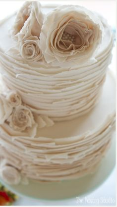 Ruffled Vintage Wedding Cake