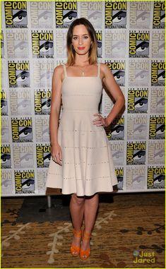 Joseph Gordon-Levitt: 'Looper' Comic-Con Panel with Emily Blunt