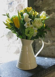 Mini jugs work really well in the alcoves.