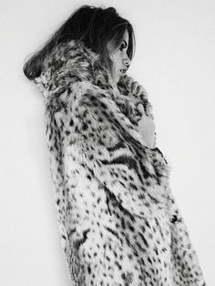 {fashion inspiration | trends : favourite street style looks of the moment: this is glamorous} i am cold.