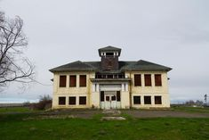 Old schoolhouse Grass Valley Oregon #abandoned #photography #urban exploration #urban explorer #travel #adventure