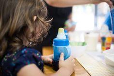 Meu filho não quer ser independente (artigo da psicóloga infantil Ana Flávia Fernandes. Acesse: http://mamaepratica.com.br/2016/05/18/meu-filho-nao-quer-ser-independente/  Foto: Lu Morassi