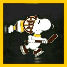 Nhl Hockey Teams, Hockey Rules, Boston Bruins Hockey, Sports Teams, Boston Sports, Boston Red Sox, Beagle, Charlie Brown Y Snoopy, Hockey Room