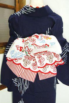 *ア・カセテ*ロシア手刺繍飾り布付半幅帯 - アンティーク着物/リサイクル着物のオンラインショップ ■□姉妹屋□■ ロシアの伝統工芸のコットンリネン手刺繍飾り布と、ボーダー半幅帯のセットです。