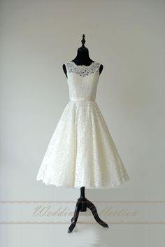 Spitzen-Hochzeit Kleid schiere Halsausschnitt von Weddingcollection
