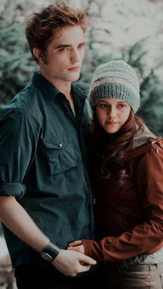 Twilight Bella And Edward, Twilight Scenes, Vampire Twilight, Twilight Saga Series, Twilight Cast, Edward Bella, Twilight Pictures, Twilight Saga Quotes, Twilight New Moon