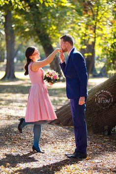 Fotograf nunta - Fotograf nuntă București - Fotografie Nunta Bridesmaid Dresses, Wedding Dresses, Fashion, Bride Maid Dresses, Bride Gowns, Wedding Gowns, Moda, La Mode, Weding Dresses