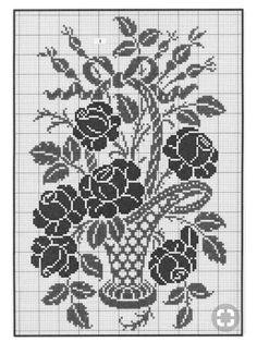 Filet Crochet Charts, Crochet Doily Patterns, Crochet Cross, Crochet Motif, Crochet Designs, Crochet Doilies, Cross Stitch Boards, Cross Stitch Rose, Cross Stitch Flowers