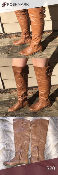 Knee-high Buckle Boots Pre-loved! But still have A LOT of life left in them.  I have attached pics of any problem area I was able to see.  I bought these from Nordstrom originally for $50 but as you'll see in the pic from Nordstrom's website, they are currently on sale. So my loss is your gain :)   The boots have zippers & buckles at each knee to loosen/tighten.  In the first pic, the model is 5'4 w/ slightly bigger calves.  In the second pic, the model is 5'5 w/ smaller calves. Qupid Shoes…