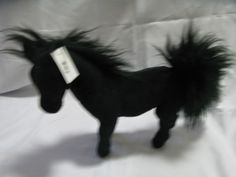 We sell many different animals, such as fox, gorilla, lemur, wombat, etc.... in high quality products :)