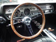 4 197074 Oldsmobilebuilt 350, 455 V8. Engine firing