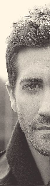 #Jake Gyllenhaal  You don't even need to see his whole face, to see how beautiful he is!