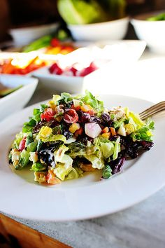 New York Style Chopped Salad - this looks awesome and like lots of fun!  via the pioneer woman!