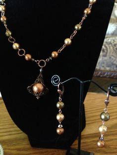 Rich copper & warm hues of Swarovski crystals & glass pearls give this set year-round wearability!