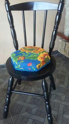 Cadeira antiga reciclada