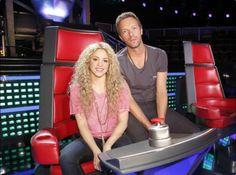 """¡Se reirán! Shakira puso a bailar a Chris Martin vocalista de Coldplay con """"Me enamoré"""""""