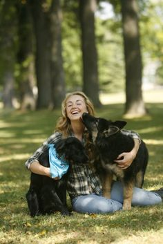 Amber with her dogs amy on heartland в 2019 г. Heartland Actors, Heartland Characters, Watch Heartland, Heartland Quotes, Heartland Tv Show, Heartland Ranch, Amber Marshall, Senior Pictures, Senior Photos