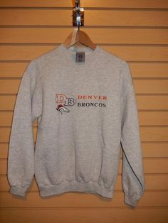 VTG Denver Broncos Logo 7 Sweatshirt Medium Heavy Weight NFL Gray 50/50 Blend #Logo7 #DenverBroncos