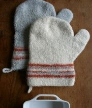 Felted Oven Mitts | The Purl Bee