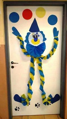 Clown Crafts, Circus Crafts, Carnival Crafts, Frog Crafts, Hobbies And Crafts, Diy And Crafts, Crafts For Kids, Paper Crafts, Summer Camp Crafts