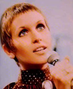 Video Killed the Radio Stars: Julie Driscoll - Wheel's on Fire   ParisianShoeGals