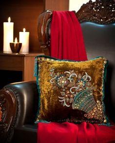 Mamta Dewan-Decorative cushions-BIW00000255