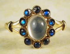 QUALITY ANTIQUE 14K GOLD MOONSTONE & SAPPHIRE CLUSTER RING c1930s