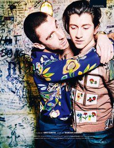 Alex Turner y Miles Kane para British GQ Abril 2016 por Ellen Von Unwerth